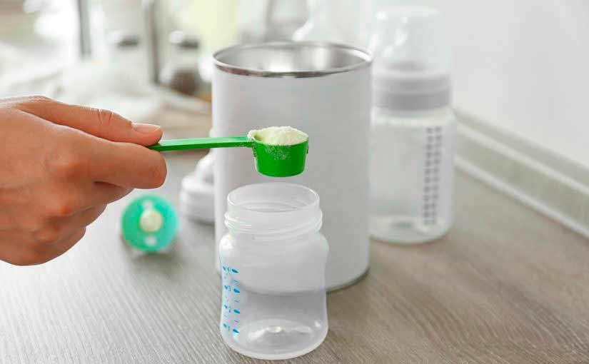 alimentar-bebe-formula-lactea